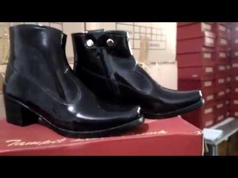 Ini Dia Sepatu Pantofel Wanita Semi Boots Kece Banget [PDH Sus Panjang Sintetis]