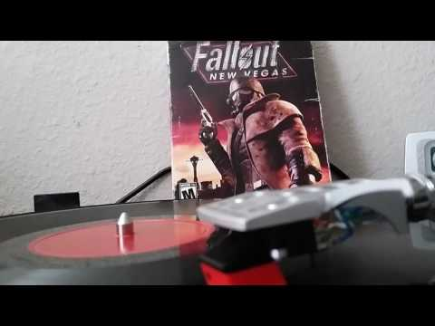 Fallout New Vegas Trailer Theme Jingle Jangle Jingle by Kay Kyser and his Orchestra (78RPM)