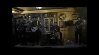 THE MAGNIFICATS: Moliendo Café (Live)