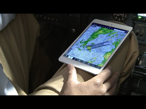 Stratus Stories -- Flying with ADS-B weather in Corporate Aviation