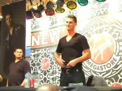 Donnie Klang In-Stores @ Best Buy & Virgin Megastore In NYC!