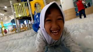 Bermain di Miniapolis, Indoor Playground + Mini Zoo