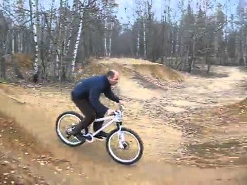 Kirill Sinev Season 2013 MTB Street. трюки на велосипеде - YouTube