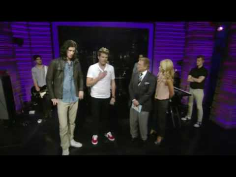 3OH!3 - My First Kiss and Don't Trust Me (LIVE! with Regis and Kelly 30 July 2010)
