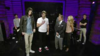 3oh 3 my first kiss and don t trust me live with regis and kelly 30 july 2010