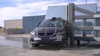 2013 Honda Civic Hybrid Sedan | Pole Crash Test by NHTSA | CrashNet1