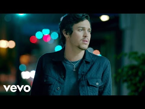 Alex & Sierra - Little Do You Know (Video)