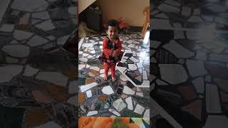 Dance with song by little girl