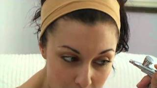 Hollywood Air TV Airbrush Make-up Thumbnail
