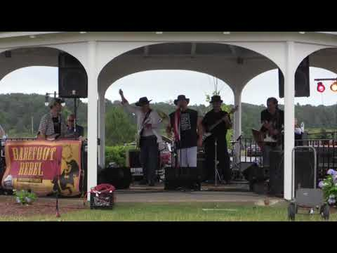 Concert By The Bay Series 2018 - Barefoot Series Band