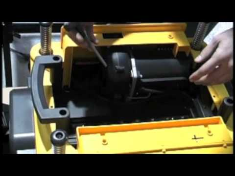 How To Change The Blades In A Dewalt Dw735 Planer Youtube