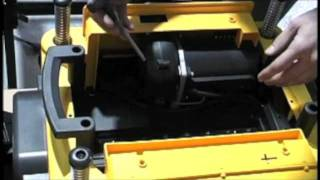 How To Change The Blades In A Dewalt Dw735 Planer