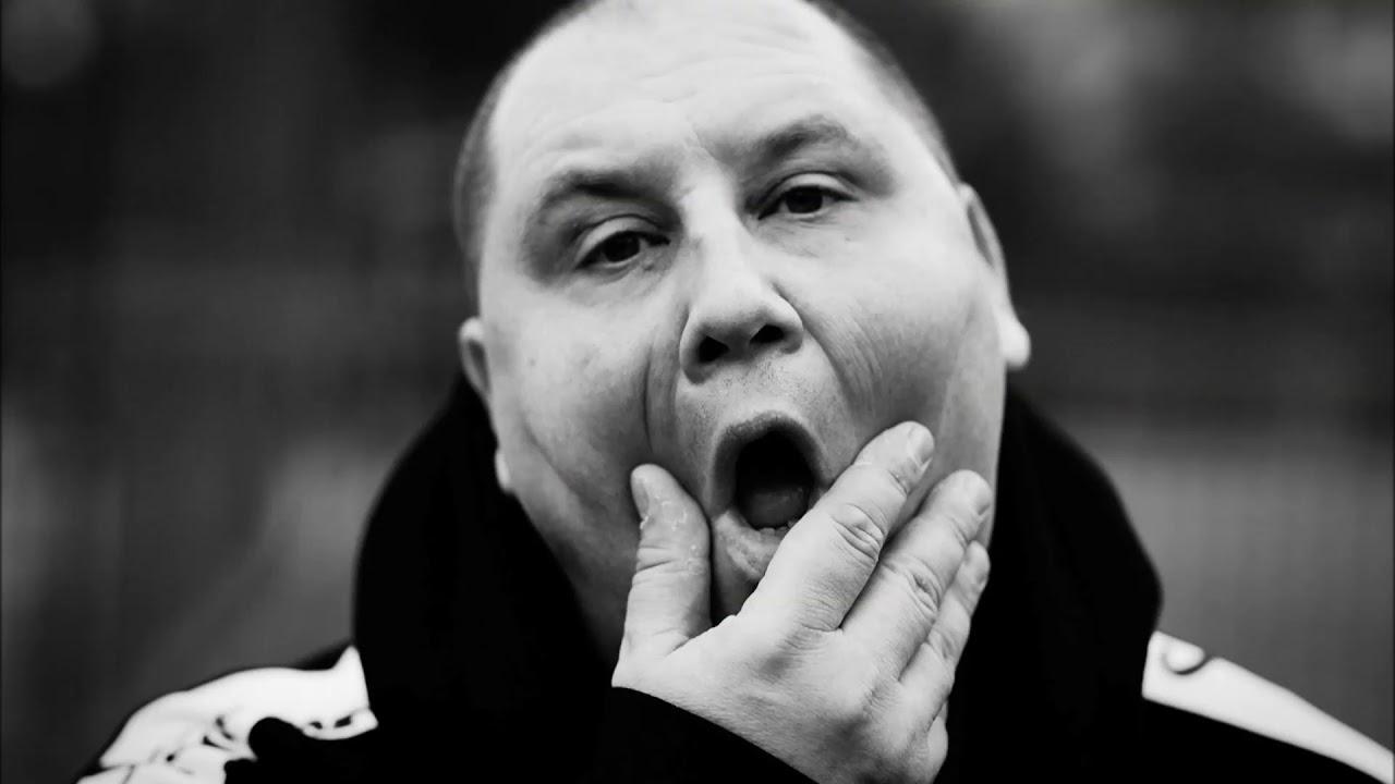 WINI - KOSMICZNY PYŁ prod. DJ Pete, gościnnie Mops