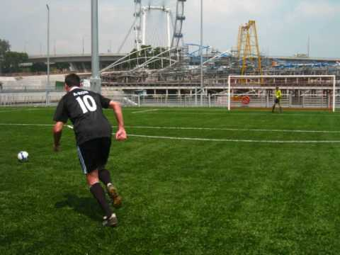 First ever football match on a floating pitch