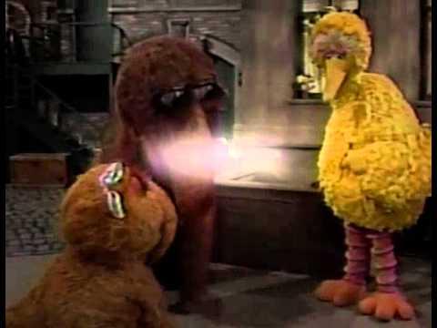 Classic Sesame Street - Snuffy, Alice and Big Bird Play