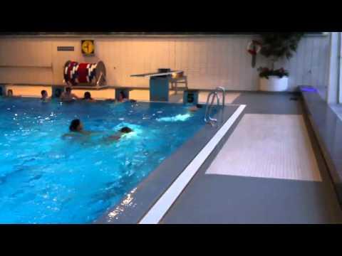 Hallenbad neu ulm youtube for Neu isenburg schwimmbad