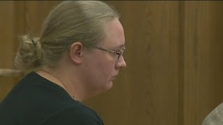 Manitowoc County mom charged with child abuse appears in court