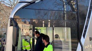 Camión eléctrico de la marca Irizar, a prueba en el Servicio de Limpiezas de Valladolid