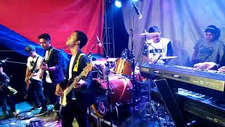 Video Bento Iwan Fals (Dian Kaseba cover featuring kejora Band) download MP3, 3GP, MP4, WEBM, AVI, FLV Agustus 2018