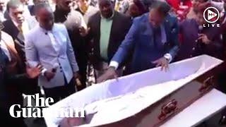 Resurrection Challenge – South Africans mock pastor on social media for 'resurrection stunt'