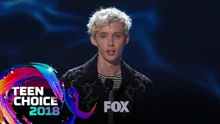 Baixar Troye Sivan Gives A Compelling Speech | TEEN CHOICE