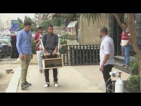 طلاب مصريون يبتكرون حُلة آلية تساعد في رفع الأحمال الثقيلة  - نشر قبل 4 ساعة