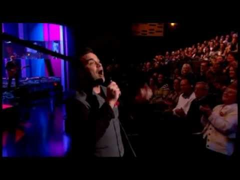 Robbie Williams - Candy (Live Graham Norton Show)