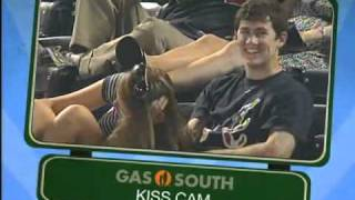 Braves Kiss Cam on 9-1-2010 vs. Mets with Embarrassed Mets Fan in Paper Bag