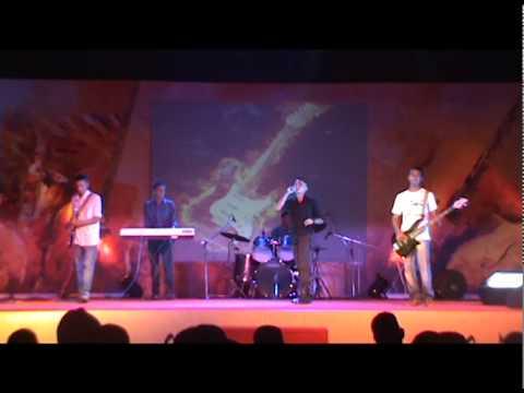 Ras ke Bhare tore nain Live performance By Topsy crets