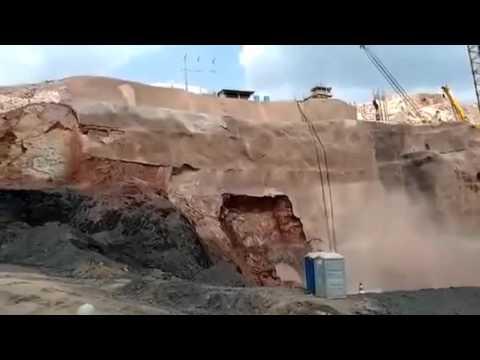 Impressionante!! O momento em que a barragem se rompeu