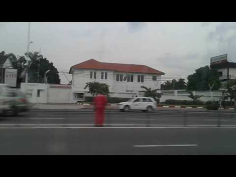 Kinshasa visite guidée au boulevard du 30 juin