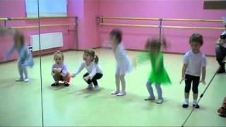 Партерная гимнастика (3года).m2p детские танцы