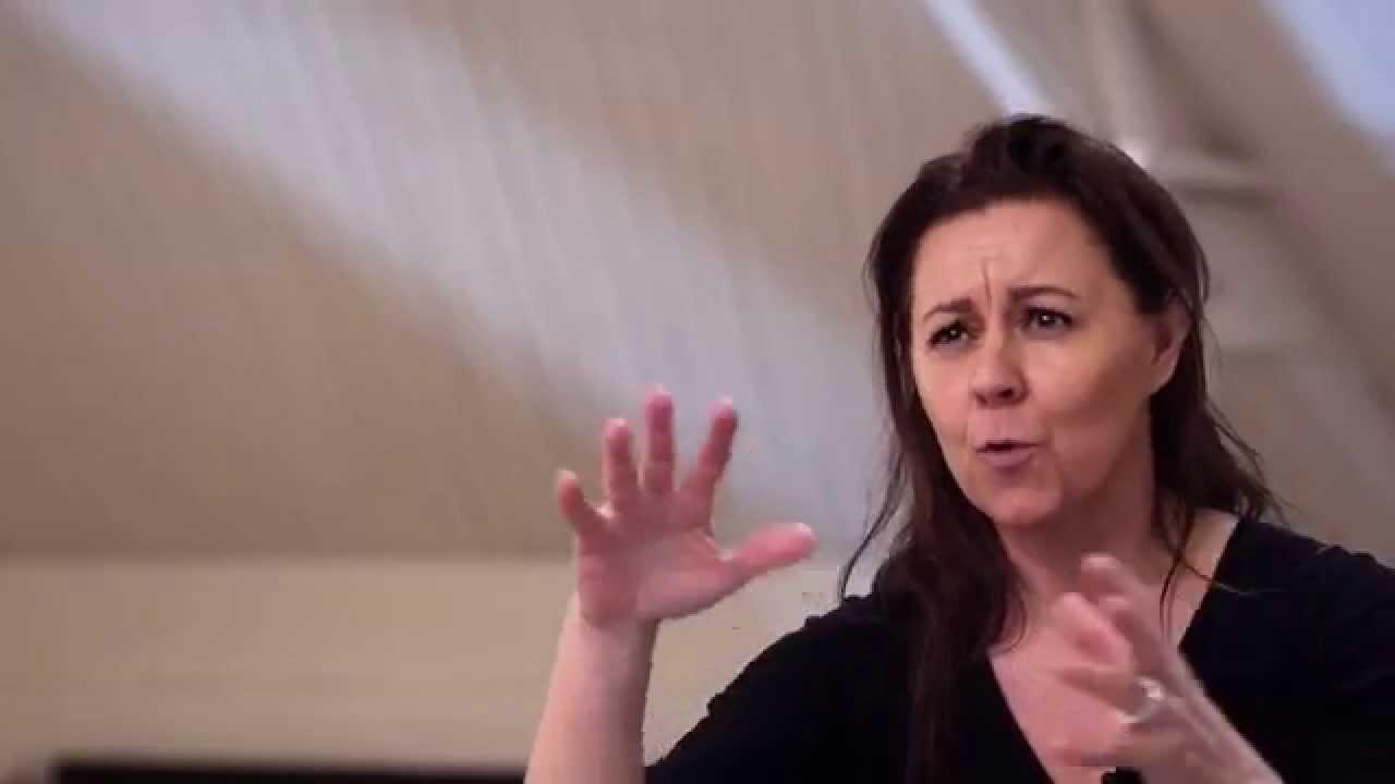 Badrumsinredning med Mija Kinning och Gustavsberg - Estetic - YouTube