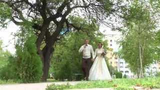 Кыз Узату Той — проводы невесты в Алматы, Жених поет песню невесте