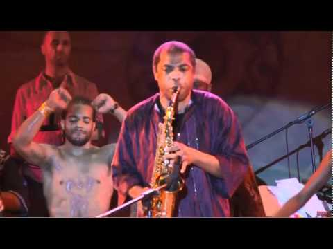 Femi Kuti and the cast of