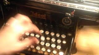 Schreibmaschine Ideal S&N