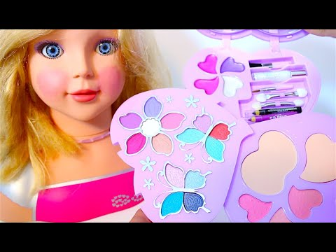 deluxe-makeup-cosmetic-set-glitter-lip-gloss-barbie-hair-salon-my-doll-toystv