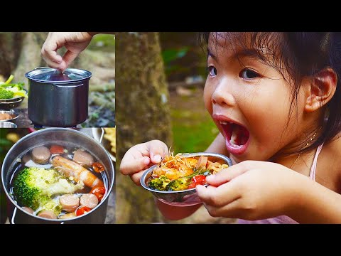 SPICY RAMEN NOODLE RECIPE by 5 years old girl | PRIMITIVE KITCHEN | KIDS COOKING & EATING FOOD SHOW