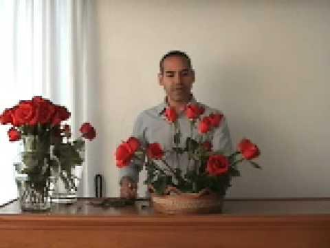arreglo de rosas - como hacer un bonito arreglo floral - YouTube