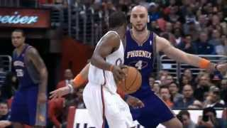Blake griffin unbelievable power dunk on channing frye [hd]