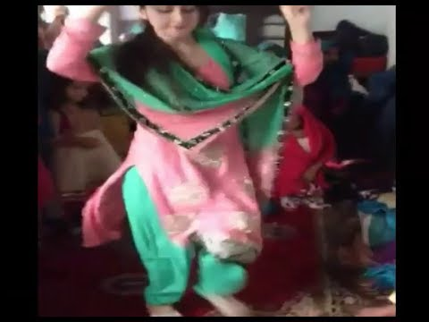 Pashto New Songs 2019 Heart Touching Dance In Home