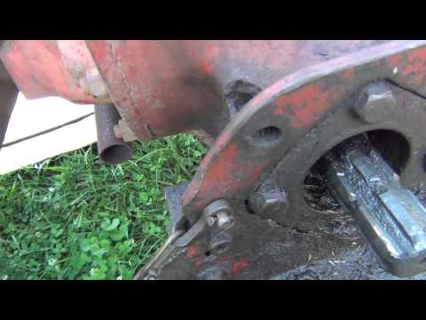 how to change hydraulic fluid in kubota tractor