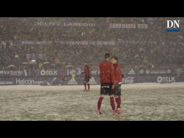Así nevaba en el campo del Osasuna