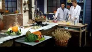 О пользе квашеной капусты (рецепт долголетия)(В программе наглядно показано как: купить правильные овощи. А так же, как потом их правильно приготовить...., 2011-02-23T05:06:51.000Z)