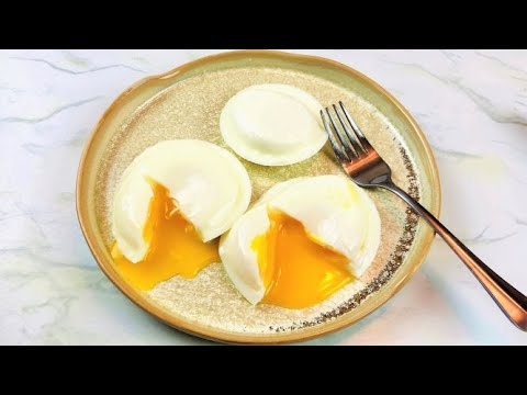 How to Poach Eggs Perfectly | Poaching Eggs For Beginners | NO FAIL POACHED EGGS | Steaming Method