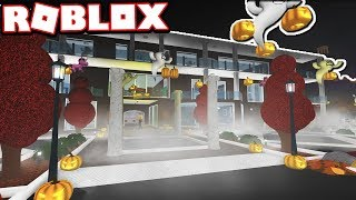 The $1,000,000 HALLOWEEN MANSION!!! | Subscriber Tours (Roblox Bloxburg)