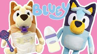 🍼 Big Sister Bluey helps care for Baby Bingo! 🎀  Bluey and Bingo Toys from Disney! 💙 Pretend Play!