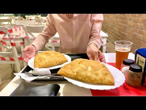 CHEBUREKMakanan Traditional Rusia Чебуреки в Чебуречная СССР в Москве Eating Russian Chevureki