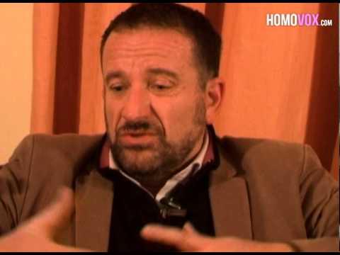 Jean-Marc, Maire Et Homosexuel Contre Le Mariage Gay