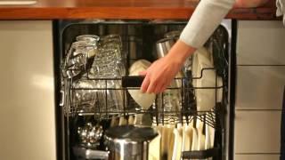 ANGLAIS: Lave-vaisselle GE avec jets dédiés pour le nettoyage des bouteilles  PDT845SSJ - PDT720SSF
